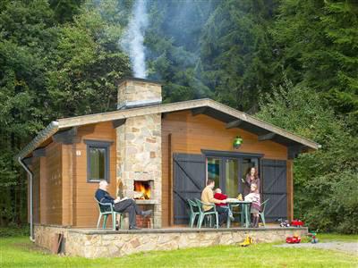 Vakantiehuizen in belgie huur een vakantiehuis in belgie for Huisje met sauna en jacuzzi 2 personen