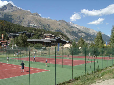 Tennisvelden in La Norma